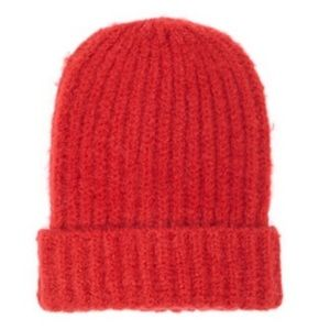 🌺4 Items 25$🌺 Forever 21 Womens Fuzzy Beanie Red